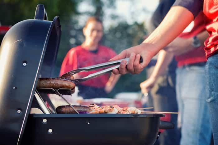 bbq cooking sausage